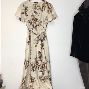 West Kei West Kei Dress High Low small Floral